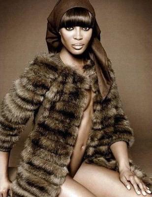 Naomi in Fur